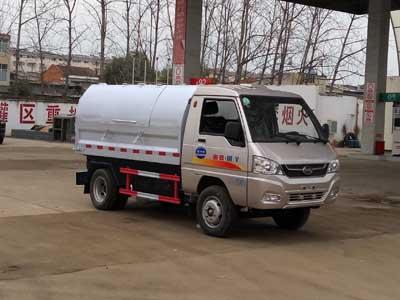 程力威牌CLW5031ZXLK5型厢式垃圾车