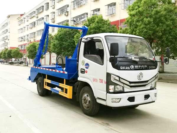 程力威牌CLW5070ZBS6型摆臂式垃圾车