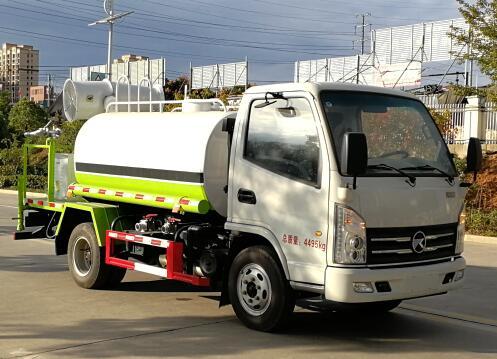 程力威牌CLW5040TDY6ZS型多功能抑尘车