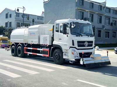 程力威牌CLW5250GQXD5型清洗车