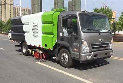 程力威牌CLW5112TXSC5型洗扫车