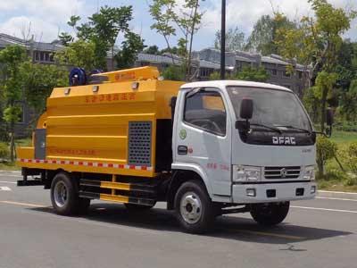 程力威牌CLW5070TQYD5型清淤车