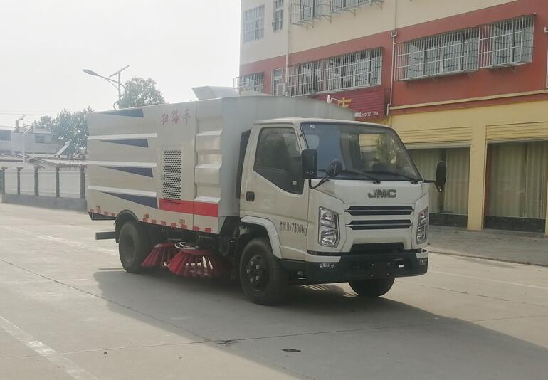 程力威牌CLW5070TSLJ6型扫路车
