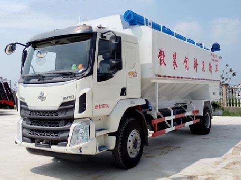 柳汽2轴散装饲料运输车